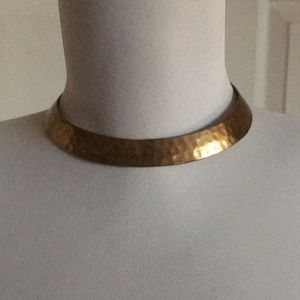 Jewelry - Hammered brass collar